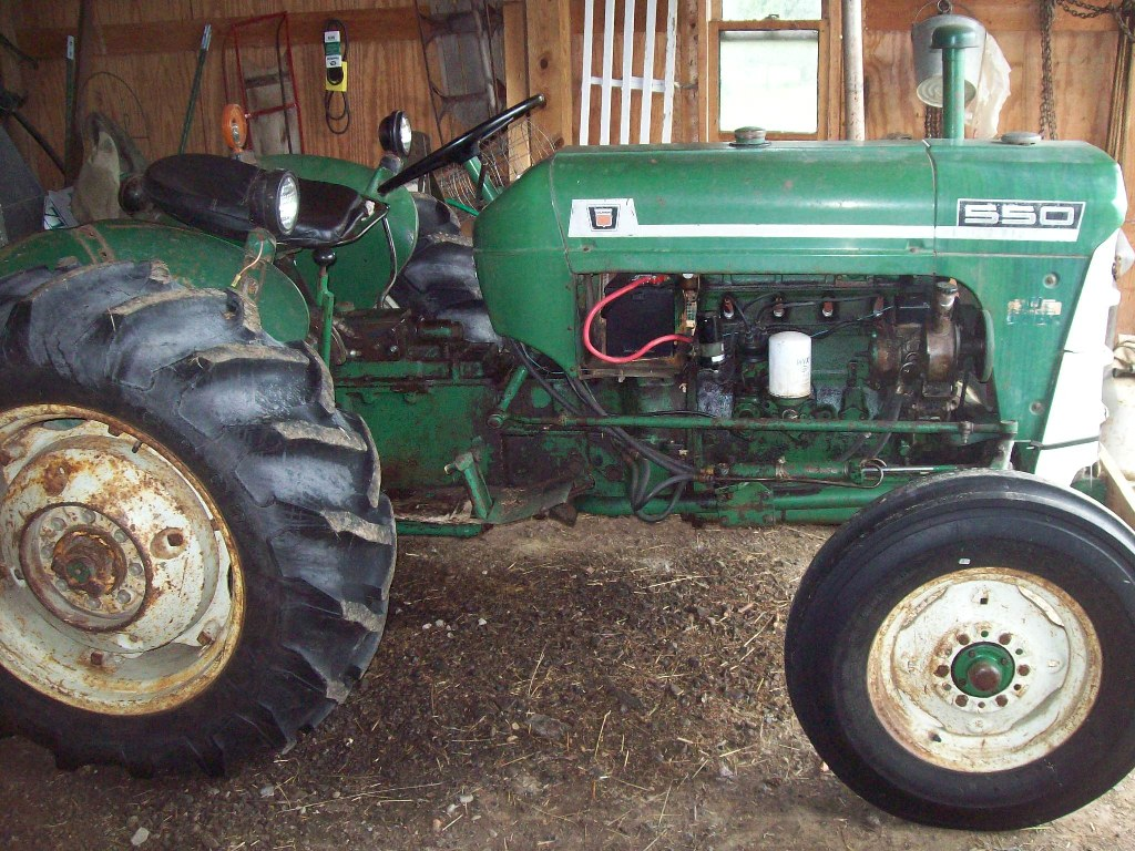 550 Oliver Tractor With Loader : Estate of robert dempsey machinery auction