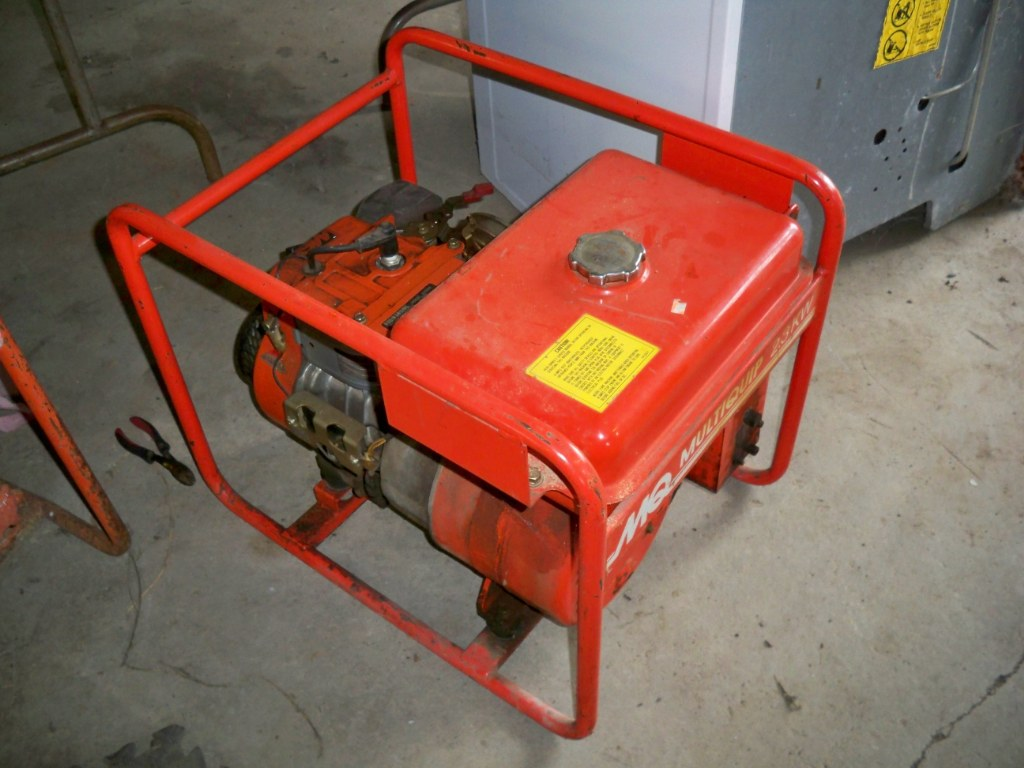 Batavia Construction Equipment Machinery Vehicle Boat